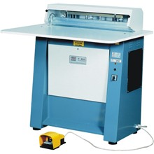 Elektrický zavírací stroj Rilecart P800