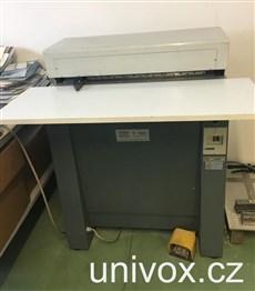 BAZAR_automatický perforovací stroj Rilecart F800, 2000